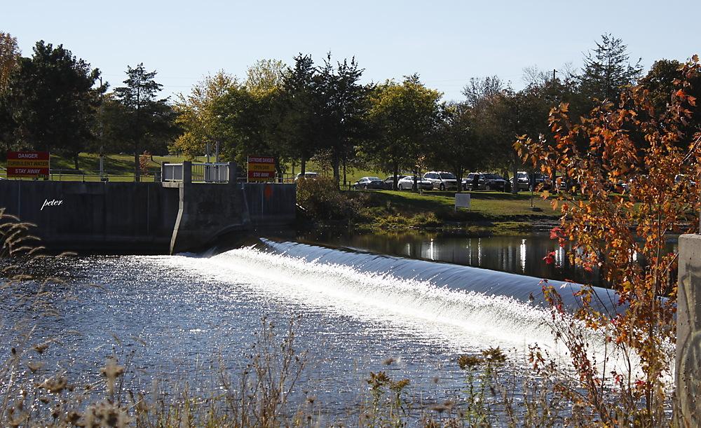 photoblog image Weir on The Moira River, Belleville, ON